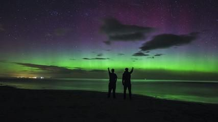 News video: Incredible Timelapse Of The Northern Lights Over England